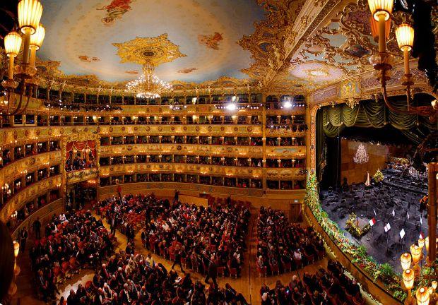 Teatro_La_Fenice,_Venice.jpg