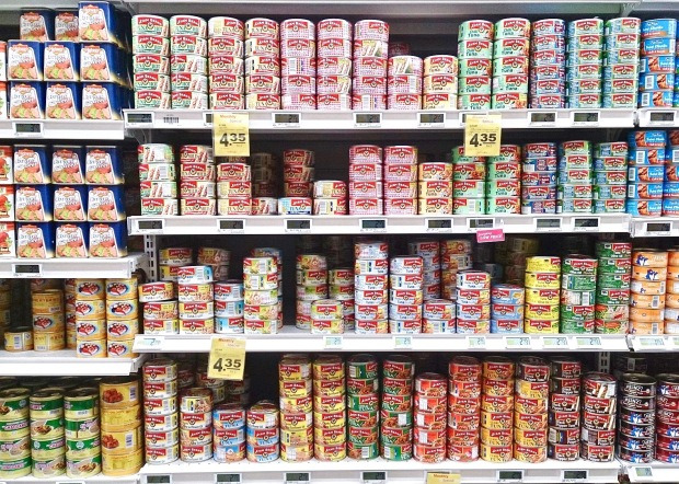 1600px-Canned_food.jpg